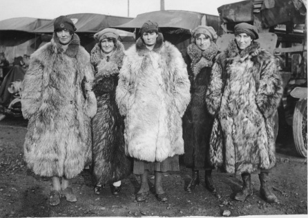 SCENES ON THE WESTERN FRONT_Drivers of the First Aid Nursing Yeomanry in their fur coats_John Warwick Brooke_National Library of Scotland